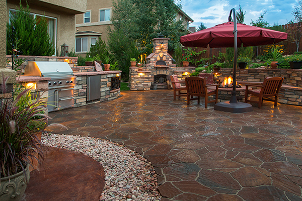 paver patio fire pit outdoor kitchen