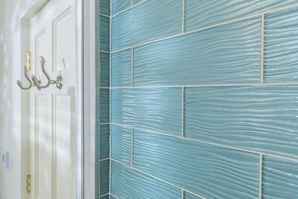 Crystile Wave 4x12 tile, Soft Mint glass tile, horizontal brick pattern, glass tile, glass shower walls