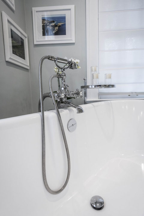 Master Bathroom Tub Old Fashioned Faucet