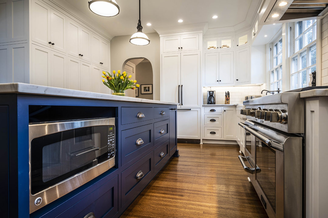 Shaker Kitchen Blue Painted Island