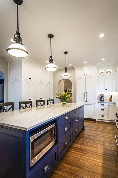Shaker Kitchen Blue Island Cabinets