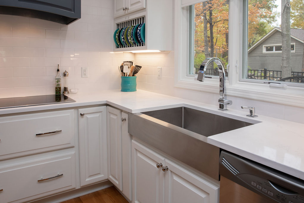Kitchen sink, Mirabelle Myers Undermount sinks, white finish