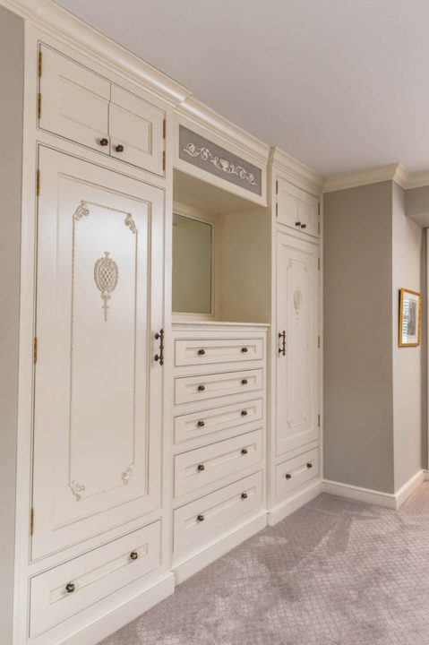 custom mouldings, custom cabinetry, custom trim details
