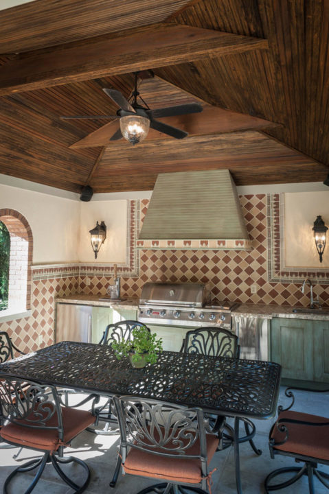 Tuscan Style Outside Kitchen Living