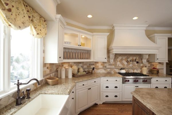 Traditional Country Kitchen Custom Hood