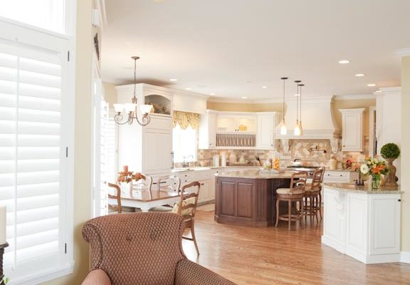 Traditional Family Room Country Kitchen