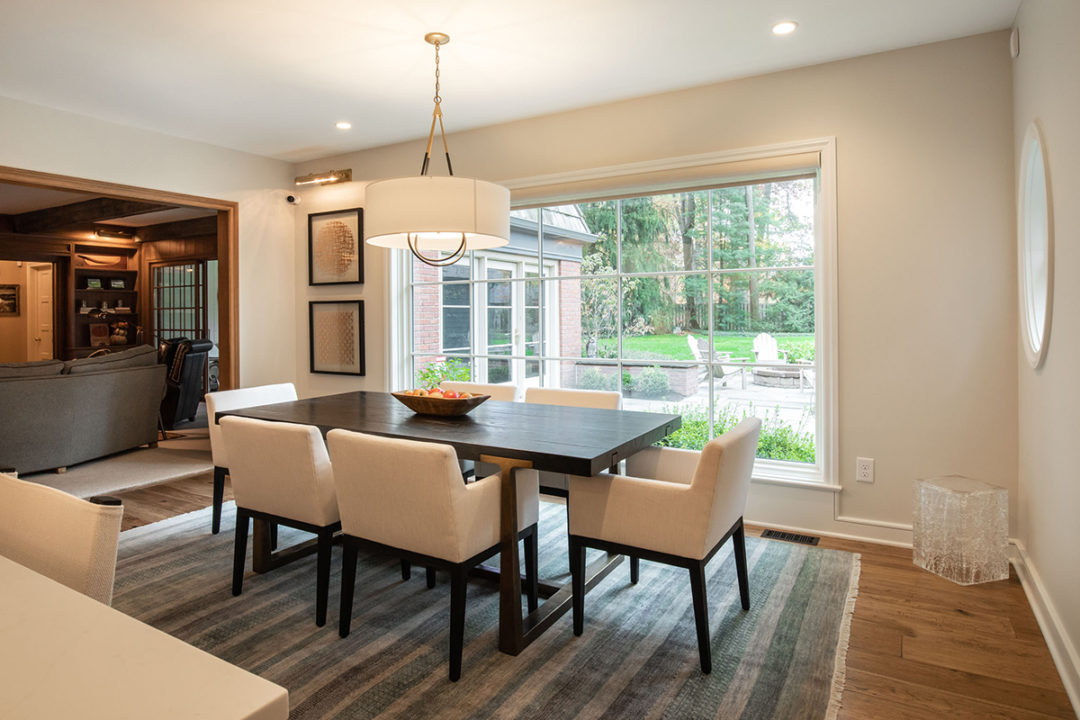 entertainers space, transitional living spaces, transitional kitchen, dining room